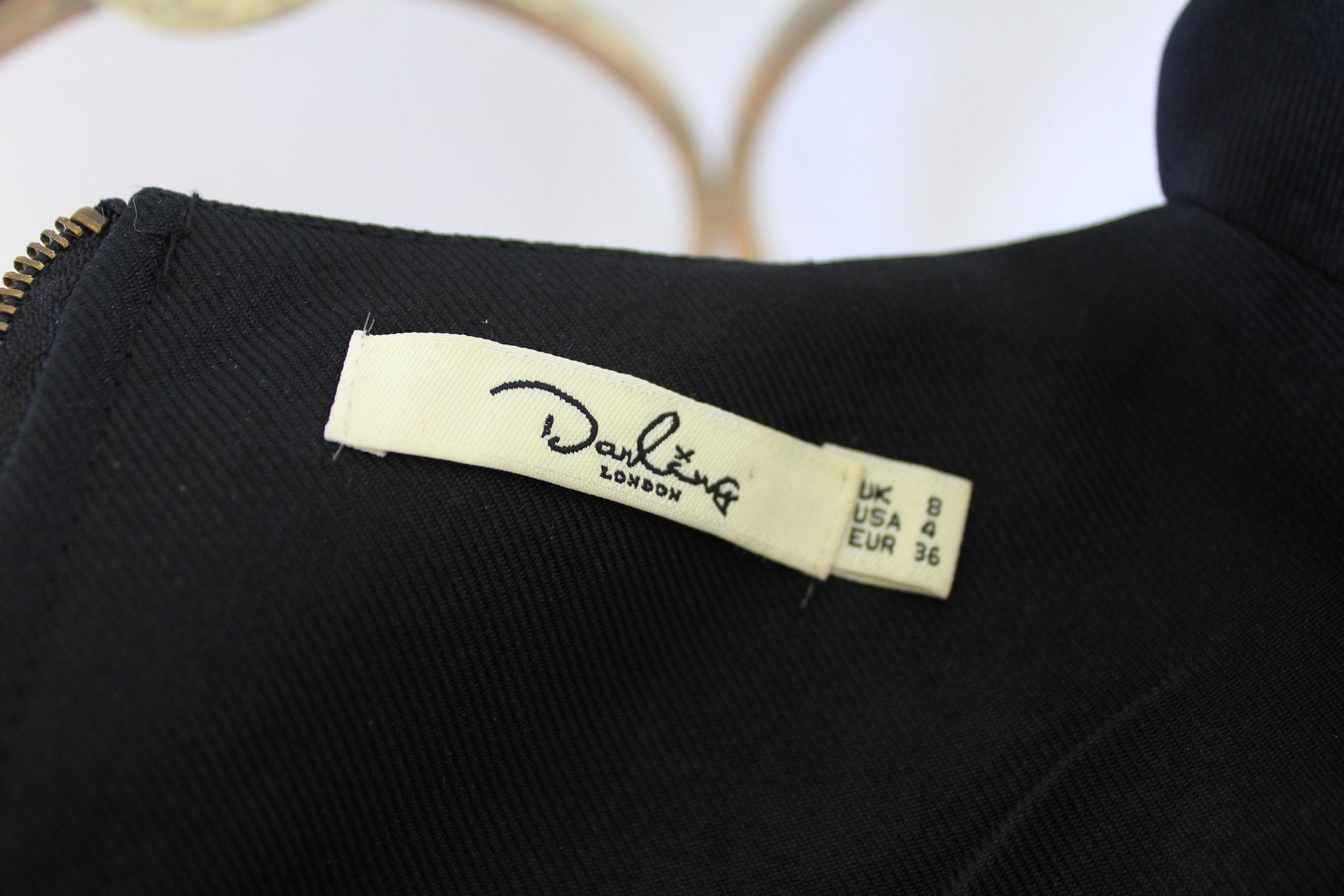 67395550 Vintage cocktailkjole m/detalj i rygg –